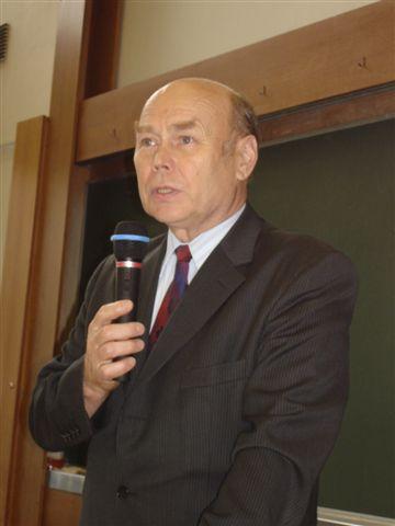 В.П.Колесов, декан